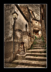 VillaSantaMaria (Olivier Jules) Tags: santa scale lago photography casa blog grigio maria myspace ring explore le e villa passion favourites devo bomba deviantart autunno fontana montagna hdr asd botte lampione abruzzo facebook chieti domani ancora themoulinrouge modelle ruderi abruzzi azz vengono favoriti photomatix comprare mywinners aplusphoto goldenphotographer favemegroup4 anxanum olivierjules lattrezzatura