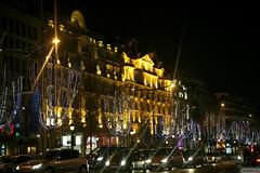 IMG_9571 copie (AlainG) Tags: christmas paris france canon lights joy champs noel 5d avenue elysees lumieres 2007