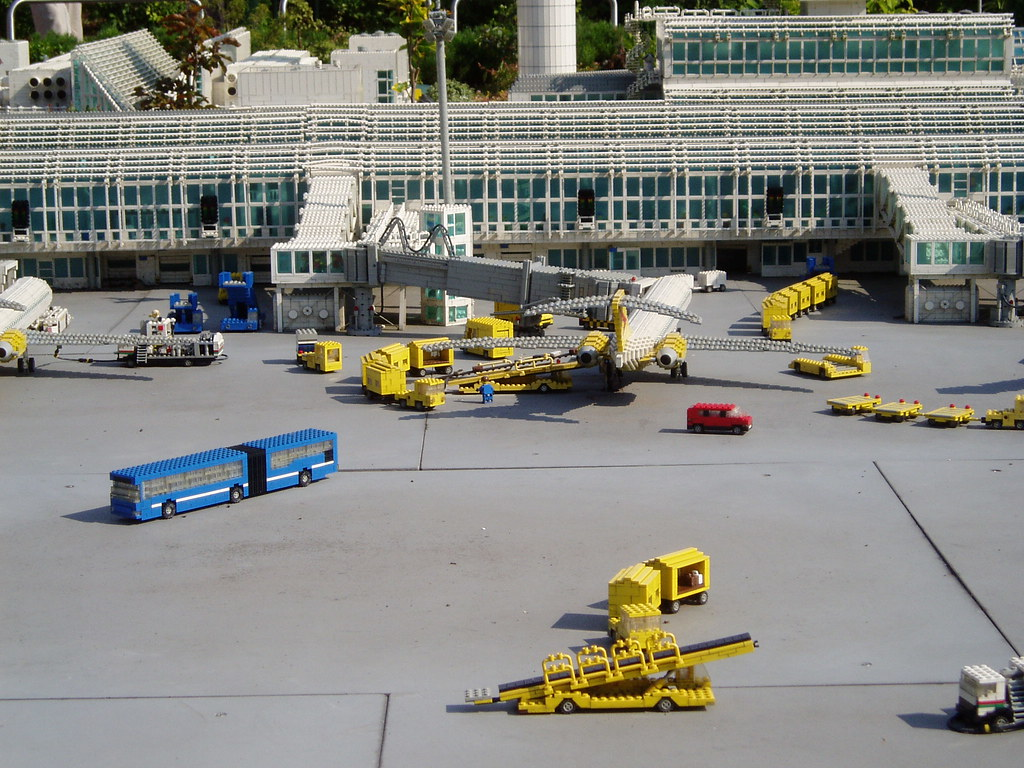 The Worlds Best Photos Of Flughafen And Legoland Flickr Hive Mind