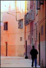 Nuances (L▲iv ©) Tags: africa street travel blue light sunset red 2 people orange 3 man window sahara tag3 night square 1 photo tag2 colours tag1 market minaret tag ivan hijab el mosque unesco morocco 09 maroc marocco marrakech souk medina afrika marrakesh 2008 marruecos ghetto viaggio occidentale 08 koutoubia afrique fna lazzari mosquita jemaa marocchino المغرب djemaa laiv مراكش golddragon المغربية nikond80 impressedbeauty aplusphoto laivphoto الكتبية jama'aelfnaa marrākiš المغ بيةجامع 31°38′07″n8°00′01″w316352788000278coordinate31°38′07″n8°00′01″w316352788000278
