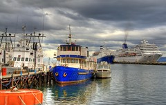 Ushuaia, Argentina (Thad Roan - Bridgepix) Tags: cruise blue color water argentina clouds port ushuaia harbor boat marine colorful ship hdr ncl norwegiancruiselines photomatix norwegiandream 200801