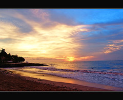 Balinese sunset (Megara Liancourt) Tags: sunset bali colours soe sonydscf828 indonesis platinumphoto aplusphoto superphotos superbmasterpiece diamondclassphotographer flickrdiamond theunforgettablepictures photofaceoffwinner theperfectphotographer llovemypic beautifulbali