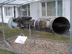Turbinentriebwerk mit Losturbine TW2-117A