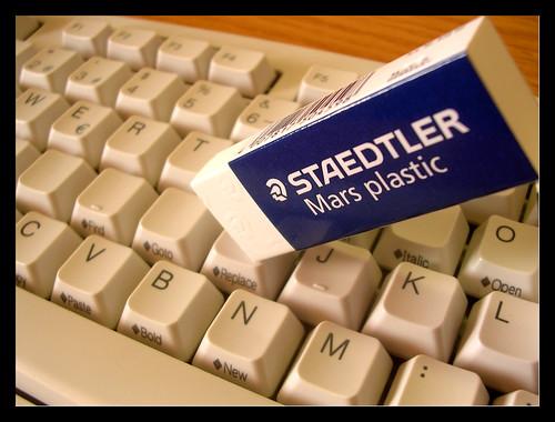 Borra con Staedtler 1