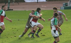 Mike Ross halted (David Coldrey) Tags: cup heineken rugby union stade francais 2007 quins 30d harlequins coldrey