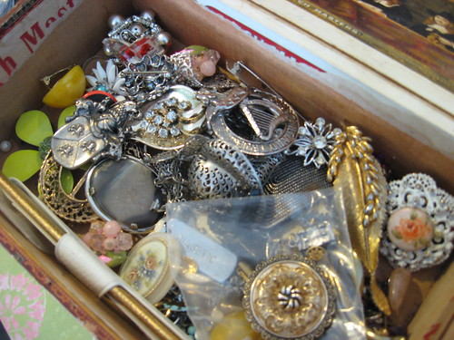 Vintage jewelry for altering by outofthebluedesignsbyjerin