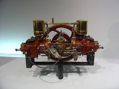 (ktchn) Tags: antique engine mercedesbenzmuseum
