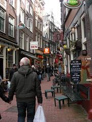 En av många gränder i Amsterdam