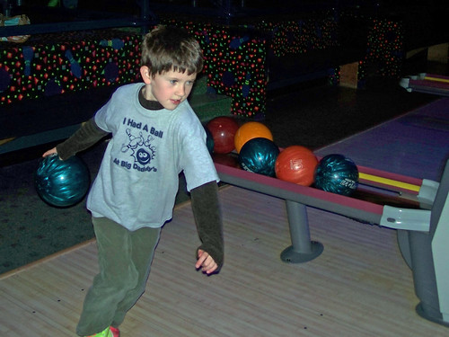 Ross bowling