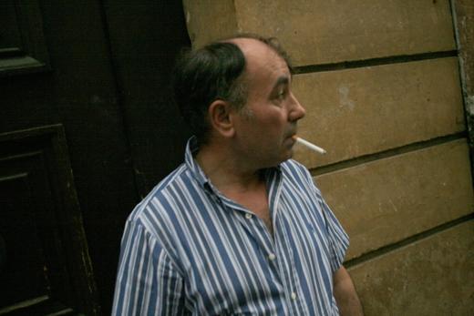 14_mai_2008_homme_à_la_cigarette2_9602