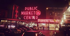 Seattle : I visited this beautiful city last month. It's full of color, joy, life and beauty. People are very progressive minded here which I liked the most. #seattle #washingtonstate #nightlife #nightview (Xìsañ) Tags: marketplace market pikeplace seattle washingtonstate nightlife nightview