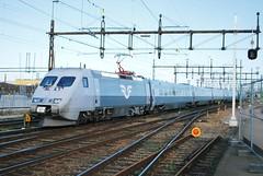 X2K (hugh llewelyn) Tags: class swedishrailways x2k alltypesoftransport