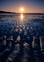 Patterns in Blue (Rob Kints (Robk1964)) Tags: sunset beach strand zonsondergang bravo nederland thenetherlands denhaag explore getty thehague naturesfinest supershot 50faves adobelightroom golddragon abigfave diamondclassphotographer flickrdiamond excellentphotographerawards fiveflickrfavs natureoutpost betterthangood robkints spiritofphotography imagicland