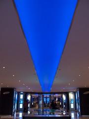 Target Blue (CVerwaal) Tags: nyc newyorkcity blue newyork canon timewarnercenter canong9