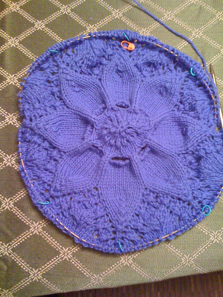 Hemlock Ring Blanket001
