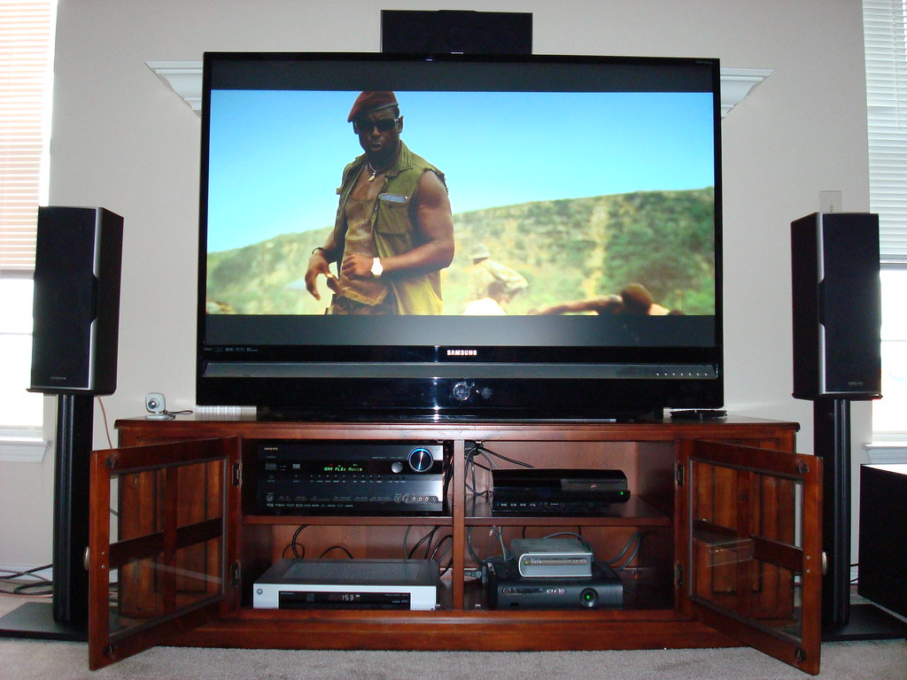 New Home Theater 7.1 1080p Setup