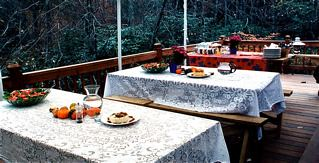 Outdoor-Dining-Deck