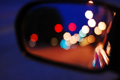 Mirrored Bokeh (Inside_man) Tags: reflection colors car dawn streetlight colorful bokeh sidemirror trafficsignal circlesofconfusion hbw sooc bokehlicious mirroredbokeh