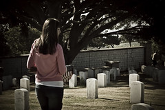 MDFP-51 (ASHCROFT54) Tags: california cemetery photoshop canon sandiego sigma boyscouts patriotic event burial tradition girlscouts memorialday lightroom pointloma 1882 2470mm fortrosecransnationalcemetery americantradition 40d militarygraveyard payingourrespects topazdenoise flagplanting