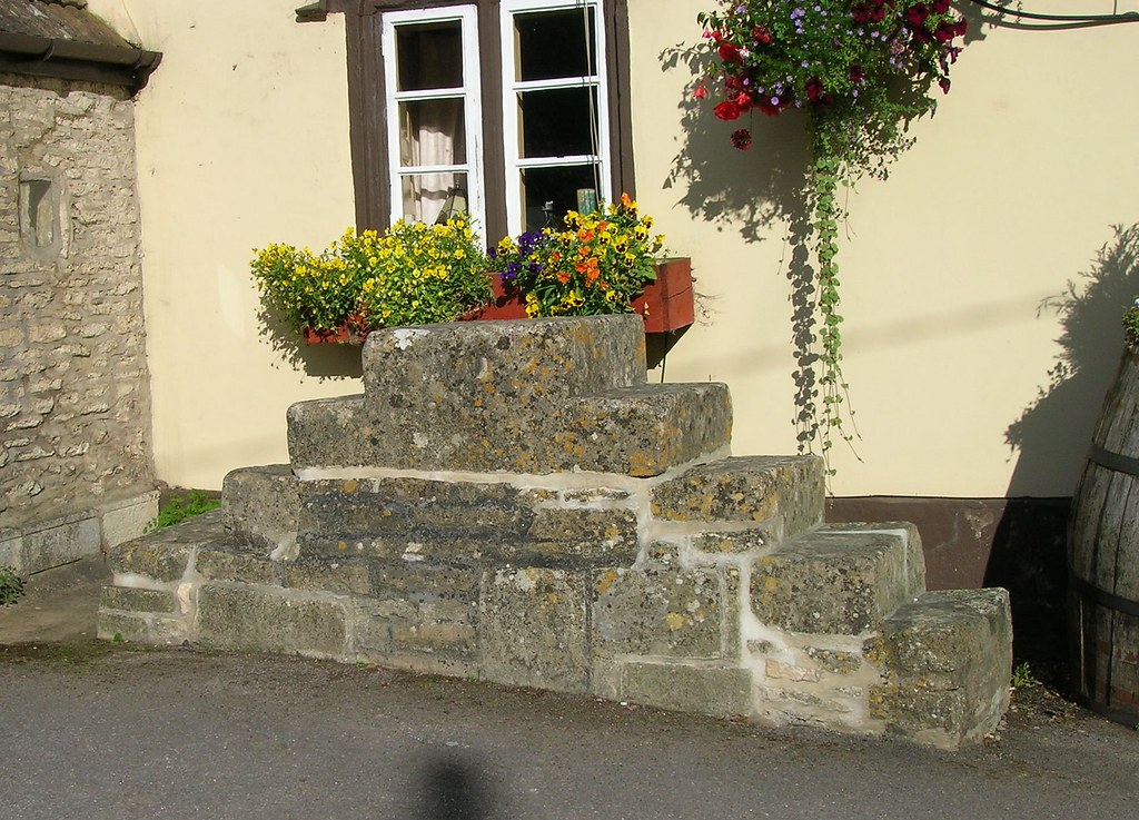 WI.CAS Steps or mounting block, Gibraltar Gate Tollhouse