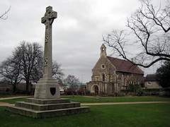 Chapel and Cross in Reading