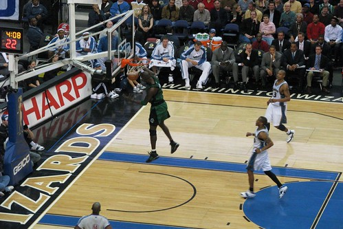 KG with a Massive Dunk