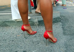 aggressiva (loungerie) Tags: red woman shoe donna high shoes highheels leg singer heels livorno redshoes ammar karima cantante gambe gamba leghorn tacchi femminile polpacci polpaccio tacchiaspillo scarpetterosse aggressiva karimaammar taccazzi