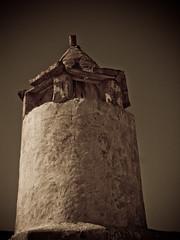 ..... (| Rashid AlKuwari | Qatar) Tags: old building minaret arabic arabia arabian masjid doha qatar rashid مسجد qtr قطر الدوحة قديم smaisma الكواري alkuwari سميسمة lkuwari