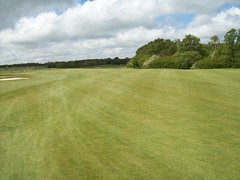 Dogleg (alconway) Tags: tree green club golf swing northumberland rough fairway putting putt clubhouse alconway burghampark