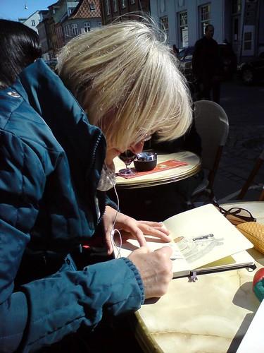 anette sketching at rarbar