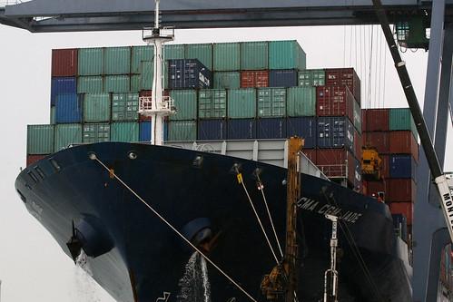 Navio cargueiro sai de Salvador sem escala para Ásia