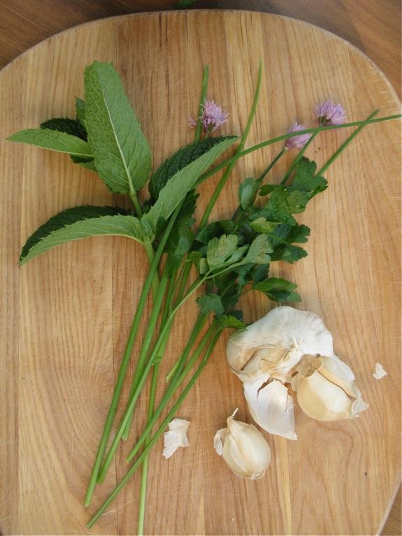 arugula smashed potato salad herbs 003