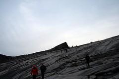 Descent @ Mount Kinabalu (florian_grupp) Tags: rock climb nationalpark southeastasia descent rope tourist mount trail malaysia borneo mountkinabalu descend gunung sabah kinabalu malaya highestmountaininsoutheastasia