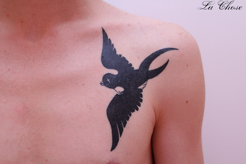 Tattoo swallow