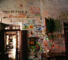 Panjim/Goa (.leela) Tags: india history bar canon eos graffiti restaurant hotel funny south goa creative style colourful wisdom panjim venite 400d originel