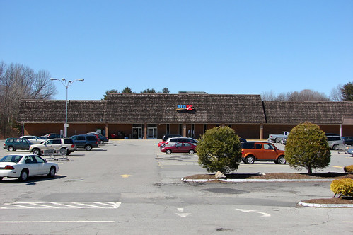 9470845698187 MASSACHUSETTS  Acton Town Big Kmart shutting down in April 2021