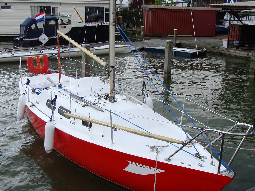 The complete picture, to show how to lower the mast with ease!