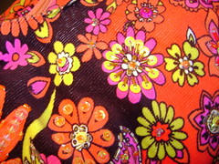 Tatuado en tu piel (Angel_SinClaudicar) Tags: life orange flores flower color love u2 one 1970 groovy naranja tatuaje psicodelico grabado bordado forgivness estampado colourartaward vivaelcolor angelsinclaudicar