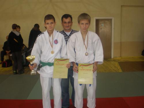 Iš kairės R.Diburys, treneris A.Kasteckas, D.Kasteckas