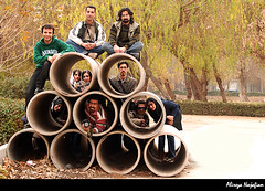 Isfahan flickr gathering-Najvan (alirezanajafian) Tags: park nikon flickr iran pipe gathering esfahan alireza isfahan flickies najafian alirezanajafian d80 isfahangathering najvan nikkor70300vr najvanpark