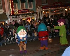 (Oscar M21) Tags: christmas disneyland parade 2007