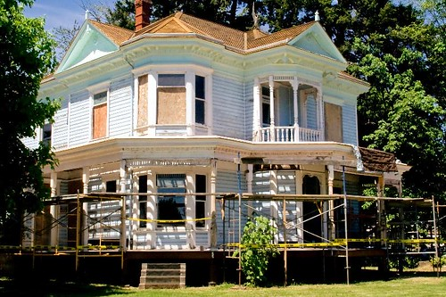 The Charles and Martha Brown House Open House in Stayton Oregon