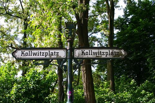 street signs Kollwitzplatz/Berlin