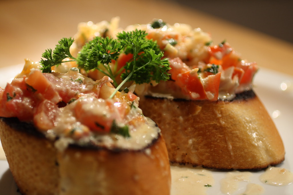 4513345621 2551263dd0 b Garlic Shrimp Bruschetta