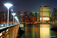 Long Island City lights (Rafakoy) Tags: park city nyc newyorkcity longexposure urban ny newyork water skyline architecture night digital river dark cityscape dusk manhattan nikond50 queens eastriver late longislandcity unitednationsbuilding gantryplazastatepark afnikkor2880mmf3356g