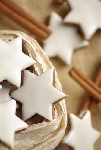 christmas xmas winter food brown white holiday macro... (Photo: Thorsten (TK) on Flickr)