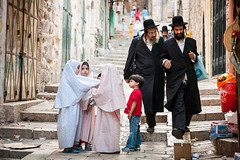 Orthodox Jewish men and Muslim children (damonlynch) Tags: old man men children israel peace veil palestine muslim islam jerusalem religion young hijab calm modesty jew judaism homepage oldcity alquds khimar top20jerusalem