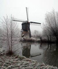 Windmill at 6 below zero (robelsas) Tags: cold holland netherlands windmill moulin nederland willow portfolio rime soe nieuwegein fpc blueribbonwinner greatphotographers fineartphotos mywinners superaplus aplusphoto superbmasterpiece goldenphotographer superhearts ysplix thatsclassy photofaceoffwinner platinumheartaward goldstaraward flickrestrellas funfanphotos hollanseijssel absolutelystunningscapes theenchantedcarousel misfavoritosinvitacin fabbow platinumpeaceaward mygearandmepremium mygearandmebronze mygearandmesilver mygearandmegold aboveandbeyondlevel1