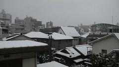 雨+ヨ=雪