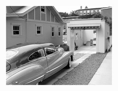 '48-Buick-in-Driveway (Michael Paul Smith) Tags: scale miniatures models dioramas diecastcars